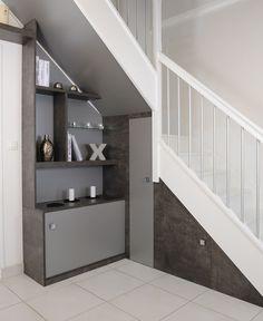 Meubles et rangements en sous-pentes Dressing, Small Living, Alcove, Bathtub, Stairs, Bathroom, House, Staircases, Plans