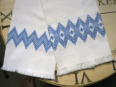 swedish embroidery  | Swedish Weave Designs | carriewolf.net