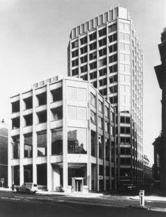 The Economist Building, London Alison & Peter Smithson Tectonic Architecture, Alison And Peter Smithson, Le Corbusier, Brutalist, London City, Architecture Details, Mid-century Modern, Skyscraper, Concrete