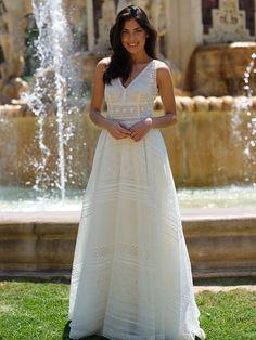 Brautkleid aus Spitze im Vintage-Stil. Vintage Stil, Formal Dresses, Wedding Dresses, Fashion, Drawing Rooms, Dress Wedding, Curve Dresses, Lace, Dresses For Formal
