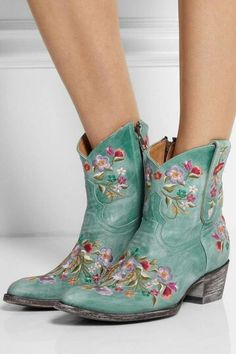I love the exquisite embroidery and washed-out sea-green hue of these distressed leather ankle boot handcrafted by artisans in Mexico. Boot Over The Knee, Over Boots, Cowgirl Boots, Western Boots, Look Fashion, Fashion Boots, Hijab Fashion, Mode Country, Pumps