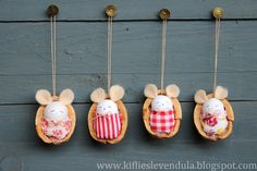 Kifli és levendula: Egérkék dióhéjban - little mice in nutshells Handmade Christmas Crafts, Homemade Christmas, Felt Crafts, Holiday Crafts, Christmas Diy, Diy And Crafts, Christmas Decorations, Christmas Ornaments, Holiday Decor