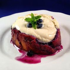 Betty Lou's Blueberry Roly-Poly
