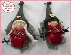 angels or elves Christmas Craft Projects, Xmas Crafts, Felt Crafts, Christmas Gnome, Christmas Wood, Christmas Signs, Handmade Ornaments, Diy Christmas Ornaments, Hobbies And Crafts