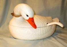"""Vintage Soup Tureen Lefton White Goose With Matching Feathered Ladle LARGE 15"""" L"""