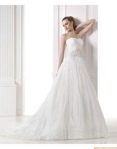 2015 A-linie Moderne Aktuelle Brautkleider aus Organza mit Applikation