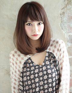 ナチュラルで決まるセミディ(KU-433)   ヘアカタログ・髪型・ヘアスタイル AFLOAT(アフロート)表参道・銀座・名古屋の美容室・美容院