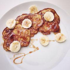 deze heerlijke bananenpannenkoekjes worden gemaakt met slechts 2 ingrediënten, het zijn eigenlijk lekker stiekem bananen omeletjes...