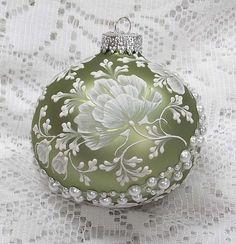 Weiche grüne handgemalten weißen Schlamm 3D von MargotTheMUDLady