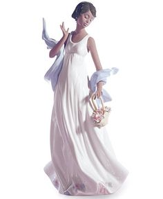 Lladro Collectible Figurine, Winds of Romance