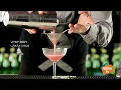 Virgin Perrier Watermelon Temptation - YouTube (in Spanish)