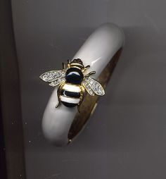 Kenneth Lane White Black Enamel Bee Bracelet | eBay