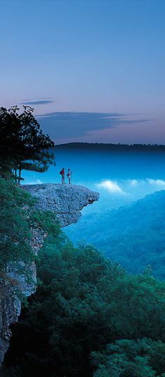 Whitaker Point near Ponca, ARKANSAS • (photo: Chuck Haralson on Media Room)