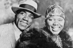 "midniwithmaddy: "" Photo from the HBO Bessie Smith Biopic 'Blue Goose Hollow"": Queen Latifah (as Bessie Smith) and Michael K. Williams (as Jack Gee, Bessie's husband). Below is a photo of the actual. Michael K Williams, Bessie Smith, Black Marriage, Art Love Couple, Jazz, Queen Latifah, The Empress, African Diaspora, Blues Music"