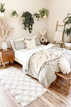 30 Absolutely Gorgeous Bedroom Ideas That Will Blow Your Mind – BuzzKee Boho Bedroom Diy, Cute Bedroom Ideas, Cute Room Decor, Room Ideas Bedroom, Home Decor Bedroom, Bedroom Inspo, Bohemian Bedroom Design, Pretty Bedroom, Stylish Bedroom