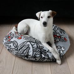 A cozy and cute nest for your four-legged friend. #EtsyFrance