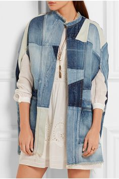 Tonal-blue denim Slips on 100% cotton Dry clean Designer wash: Dirty Vintage Medium Made in Japan