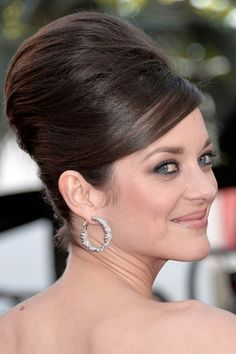 Marion Cotillard's beautiful beehive updo #Cannes2013