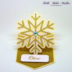 Snowflake Easel Place Card. #birdssvgs #birdscards
