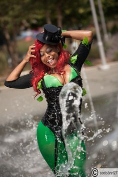 Character: Steamfunk Poison Ivy Cosplayer: Bl4ckRose Series: DC Comics