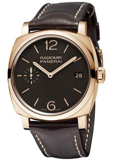 www.watchtime.com | watch to watch  | Panerai Radiomir 1940 3 Days Oro Rosso (Video) | Panerai PAM00515 front 560 #Panerai #luxurywatches