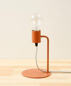 【ZOZOTOWN】HIGHTIDE(ハイタイド)の照明「PIT. TYPE B スタンドライト」(jz071)を購入できます。