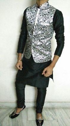 15 Latest Pathani Kurta Pajama Designs for Men Kurta Pajama Men, Kurta Men, Mens Kurta Designs, Fancy Kurta For Men, Pathani For Men, Mens Party Wear, Indian Groom Dress, Pathani Kurta, Modi Jacket