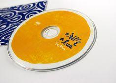 """Identidade visual do disco """"O rio e a lua"""" de Tiê Alves © estudiochapeu.com.br"""
