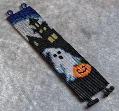 Halloween Ghost Bracelet Pattern - Peyote Stitch by CreativeGoods on Etsy Bead Loom Patterns, Peyote Patterns, Jewelry Patterns, Bracelet Patterns, Beading Patterns, Knitting Patterns, Color Patterns, Stitch Patterns, Halloween Beads