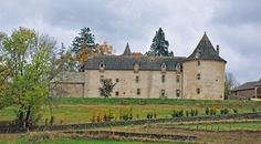 Château de Rilhac Xaintrie Situated on the border between the Corrèze and the Cantal, this Renaissance château, which was remodelled in the 16C, is the former property of the Lords of Rilhac.