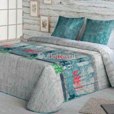 Colcha Bouti TAVI de la firma Fundeco. Esta colcha bouti juvenil de la firma Fundeco es perfecta para renovar la ropa de cama de los niños de la casa. Presenta algunos detalles de números en verde y en rojo sobre el fondo gris y turquesa.
