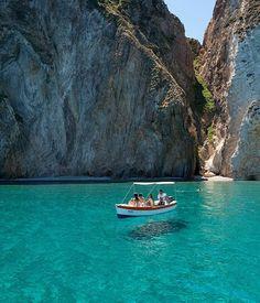 Ponza Island, Italy's enchanting getaway :: Gourmet Traveller Magazine Mobile