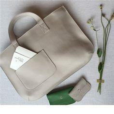 handtas Elephant Joke | bigger bags | grote tas | dames tas | mode accessoires | womens fashion accessories | Keecie.nl