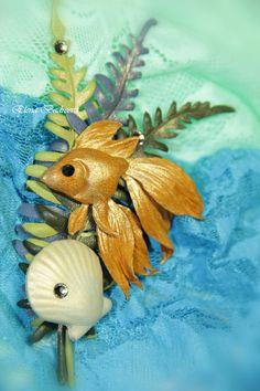 """Авторская брошь из кожи """"Золотая рыбка"""" - золотая рыбка,ракушка,брошь рыбка"""