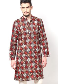 Feel the ultimate comfort when you adorn this multicoloured kurta by Earthy Hues.