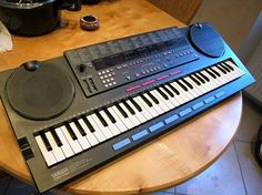 Vector synthesis?  Well nearly, the Yamaha PSS790 was the last mini key workstation before the full size key PSR workstations with style backings became popular.