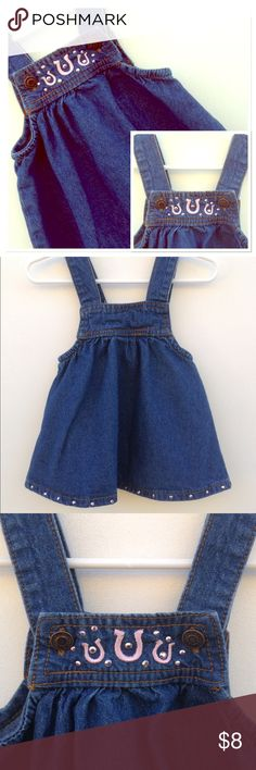🦄Pony Overalls Dress Fabulous condition!!!  Size 12 months.  Can be worn with a short or long sleeve onesie. Happy answer any questions😊 Baby Korral Dresses