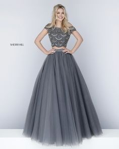 51449 sherri hill prom dresses, prom dresses with sleeves, grad dresses, . Grey Prom Dress, Prom Dresses Two Piece, Elegant Prom Dresses, Prom Dresses With Sleeves, Ball Dresses, Pretty Dresses, Beautiful Dresses, Formal Dresses, Indian Wedding Gowns