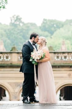 High School Sweethearts Who Overcame Tragedy to Celebrate Pure Love Modern Wedding Reception, Budget Wedding, Destination Wedding, Wedding Planning, Wedding Poses, Wedding Bride, Wedding Ideas, Diy Wedding, Groom Reaction