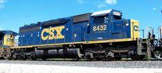 CSX 8432--SD40-2--Fairfax, IA. 8/22/12