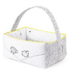 Con la cesta de la colección Good Night de Praia, los artículos de baño e higiene del bebé siempre estarán ordenados
