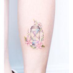 15 délicats tatouages qui semblent luire de délicatesse.