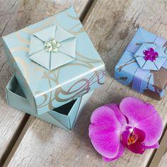Dine fine æsker kan dekoreres på forskellige måder med klippede og foldede…