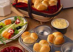 Bacon Cheese Cloverleafs - Breadworld by Fleischmann's® Bread Bun, Bread Rolls, 2 Ingredient Playdough, Bacon, Lard, Minced Onion, Dry Yeast, Dinner Rolls, Cheddar Cheese