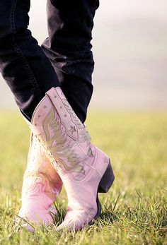 I need some PINK Boots!!!