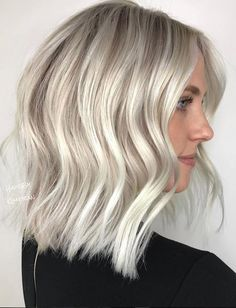 21 Platinum Hair Looks To Appear Super Hot Winter White Platinum Blonde Hair Platinum Blonde Hair Color, Blonde Hair Shades, Balayage Hair Blonde, Brown Blonde Hair, Ombre Hair, Ash Hair, White Blonde Bob, Blonde Color, Cool Blonde Hair