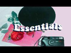 College essentials + LOOKBOOK - YouTube