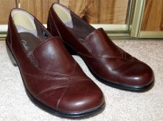 NWOB Woman's Clarks Brown Leather Slip On Loafers Size 7M 7 Medium #Clarks #LoafersMoccasins  Now $32.87