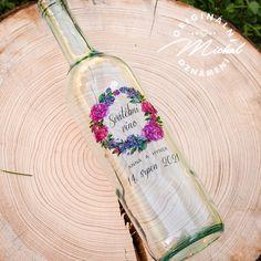 Svatební etikety na lahve Alcoholic Drinks, Tableware, Glass, Dinnerware, Drinkware, Tablewares, Corning Glass, Liquor Drinks, Alcoholic Beverages