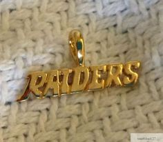 Oakland-Raiders-Team-Name-Necklace-Pendant-24k-Gold-Plated-Charm-Fan-Jewelry-NFL